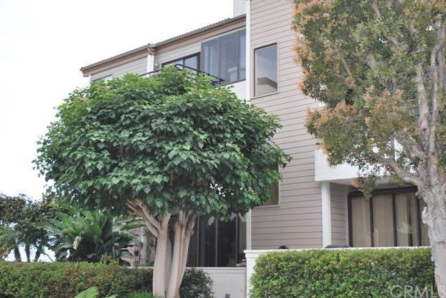 210 Lille Ln #206, Newport Beach, CA 92663