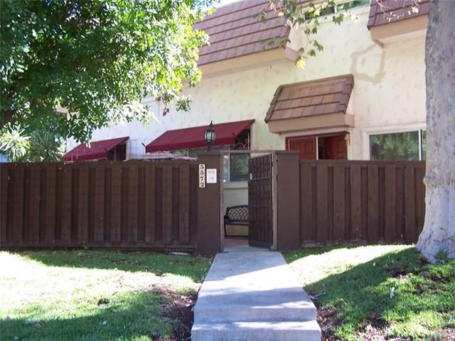 5572 Valley Circle Blvd, Woodland Hills, CA 91367