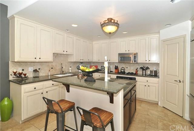 15039 Dickens Street #101, Sherman Oaks, CA 91403