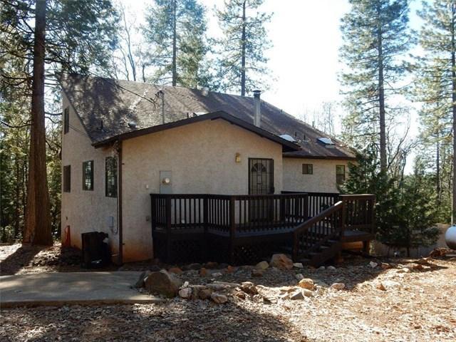16633 Carol Ann Ln, Forest Ranch, CA 95942
