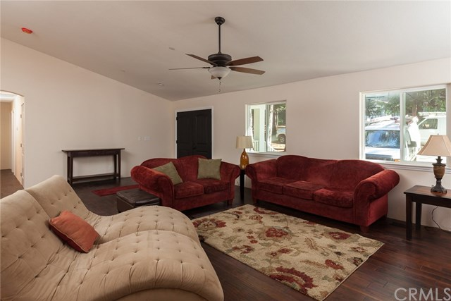 14607 Holmwood Drive, Magalia, CA 95954