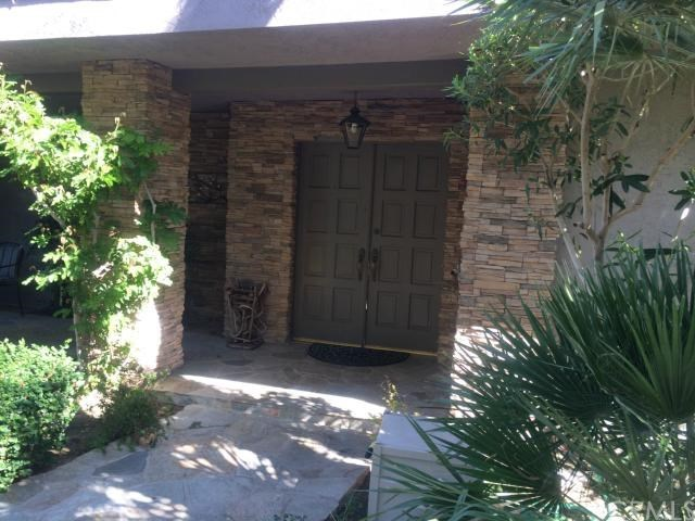 690 N Arquilla Road, Palm Springs, CA 92262