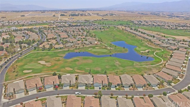 19384 Galloping Hill Road, Apple Valley, CA 92308