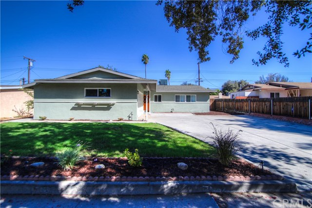 517 Hartzell Avenue, Redlands, CA 92374