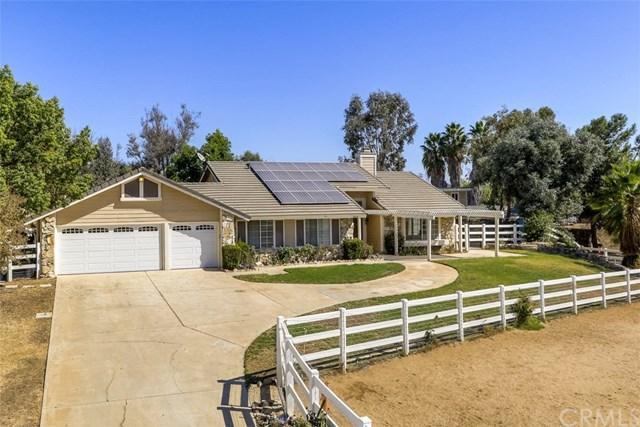 18038 Golden Leaf Ln, Riverside, CA 92504