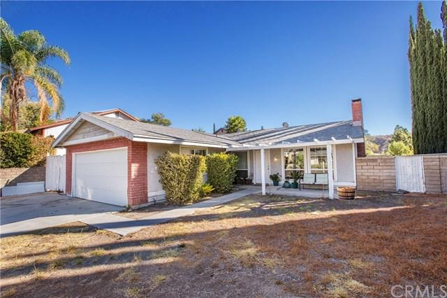 30370 Honeysuckle Hill Dr, Canyon Country, CA 91387