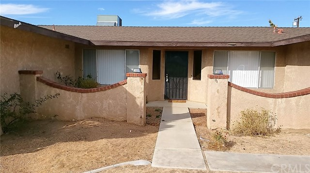 20216 Osseo Road, Apple Valley, CA 92308