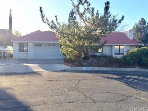 12560 Foxtail Ln, Victorville, CA 92395