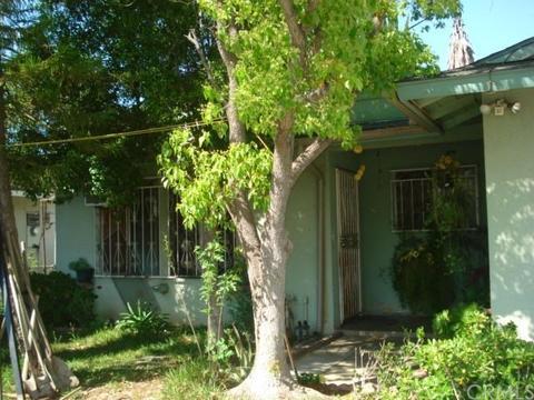 2601 12th St, Riverside, CA 92507