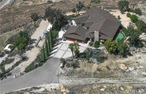 11470 Tiffany Ln, Moreno Valley, CA 92557