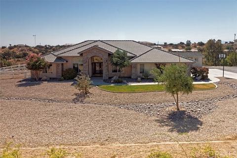 9179 Kittering Rd, Oak Hills, CA 92344