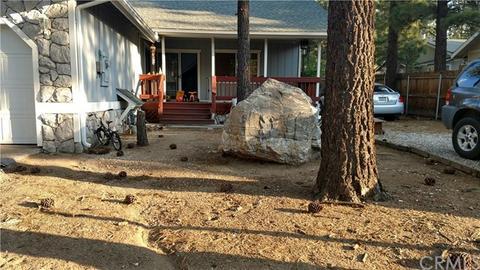 1041 Pine Ln, Big Bear City, CA 92314