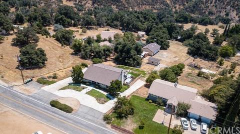 8550 Oak Glen Rd, Cherry Valley, CA 92223