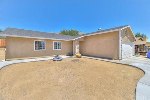 23932 Tahquitz Rd, Apple Valley, CA 92307