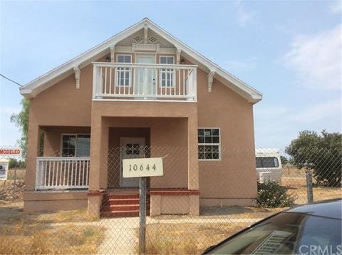 10644 Valencia St, Bloomington, CA 92316
