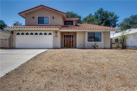 13279 Country Club Dr, Victorville, CA 92395