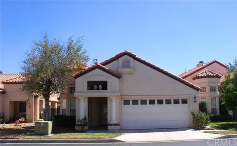 19201 Oak St, Apple Valley, CA 92308