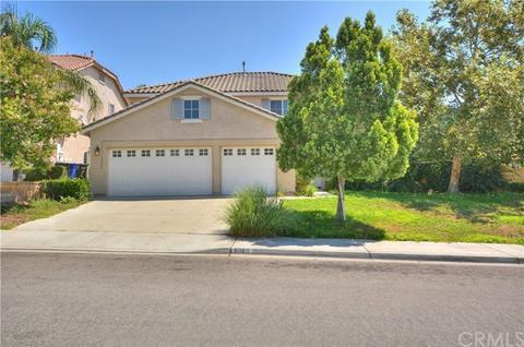 6065 Brookside Way, Fontana, CA 92336