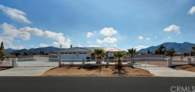 58563 Santa Barbara Dr, Yucca Valley, CA 92284