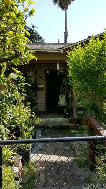 104 E Hammond Street, Pasadena, CA 91103