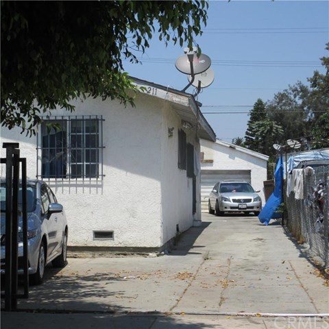 211 E 76th Place, Los Angeles, CA 90003