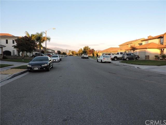 4355 Hollyvale Lane, Hemet, CA 92545