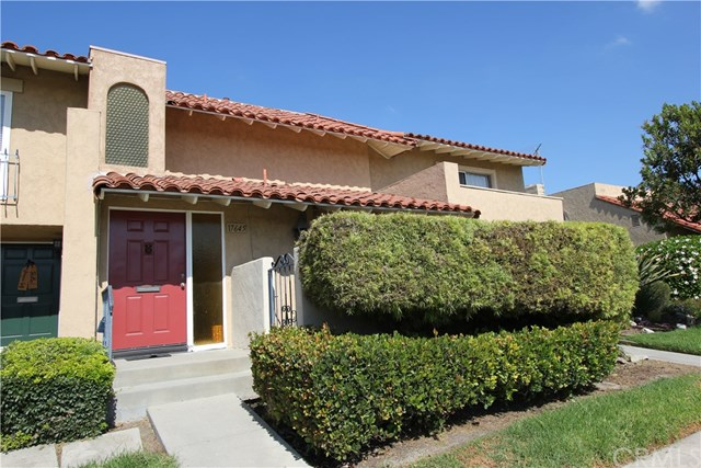 17645 Los Jardines, Fountain Valley, CA 92708