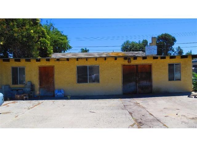 2156 E Hatchway St, Compton, CA 90222