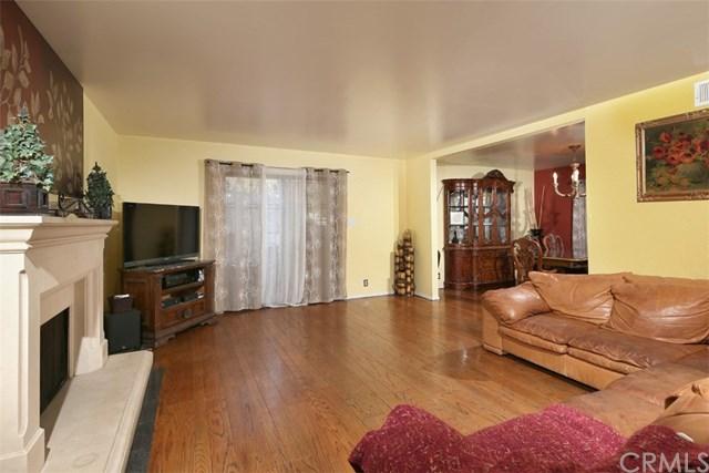 2911 Gleneden Street, Los Angeles, CA 90039