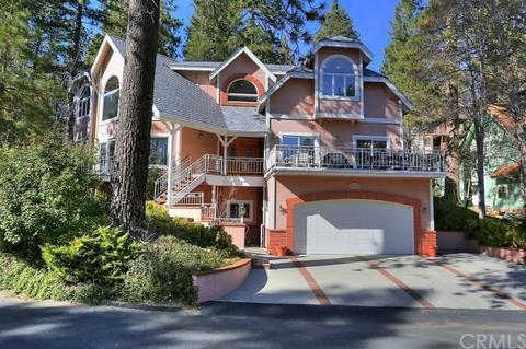 28068 Peninsula Dr, Lake Arrowhead, CA 92352