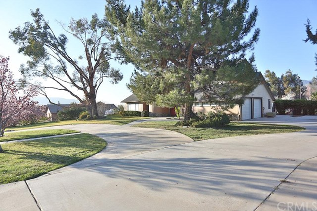 35570 Oleander Avenue, Yucaipa, CA 92399