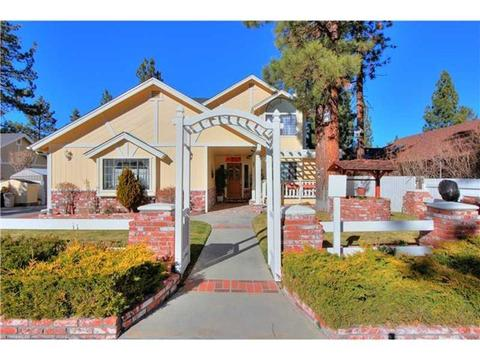 42734 Edelweiss Dr, Big Bear Lake, CA 92315