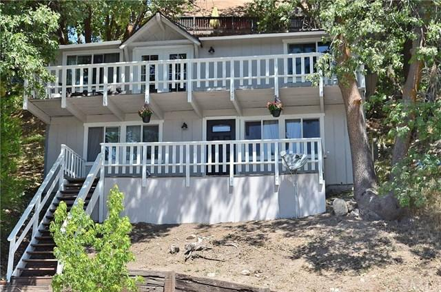 31954 Pine Cone Dr, Running Springs, CA 92382