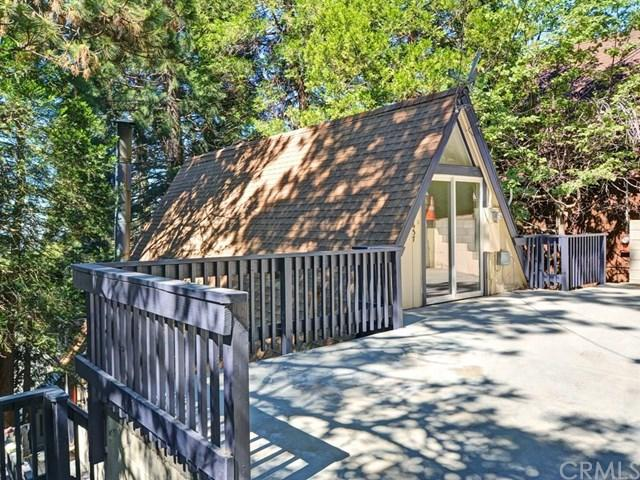 26637 Valley View Dr, Rimforest, CA 92378