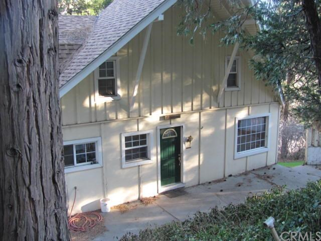 477 Thousand Pines Rd, Crestline, CA 92325