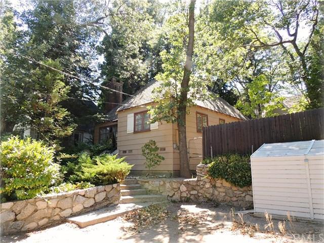 212 Maple Dr, Lake Arrowhead, CA 92352