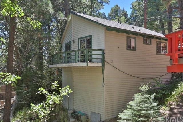 845 E Victoria Dr, Lake Arrowhead, CA 92352