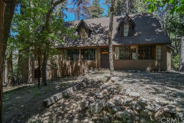 565 Racoon Ct, Lake Arrowhead, CA 92352