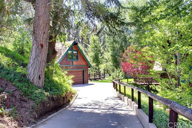 956 Knickerbocker Rd, Big Bear Lake, CA 92315
