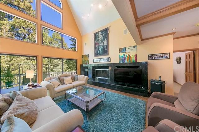 180 Grass Valley Road, Lake Arrowhead, CA 92352
