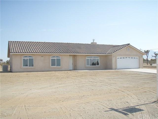 9201 Solano Rd, Phelan, CA 92371