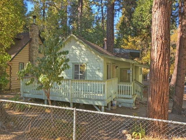 23850 Straight Way, Crestline, CA 92325