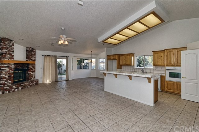 14082 Driftwood Drive, Victorville, CA 92395