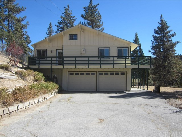 32745 Hilltop Boulevard, Running Springs, CA 92382