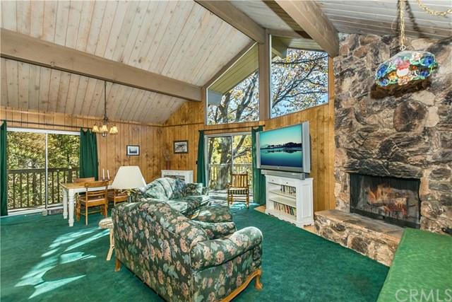 27438 Oakwood Drive, Lake Arrowhead, CA 92352