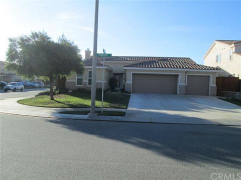 915 Sunburst Dr, Beaumont, CA 92223