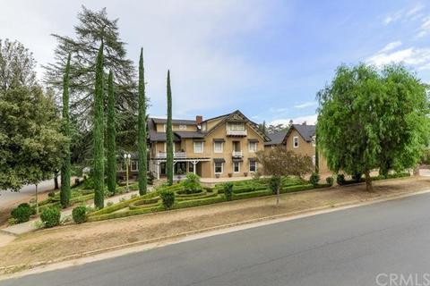 565 Walnut Ave, Redlands, CA 92373