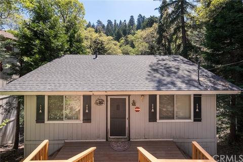 551 Community Dr, Lake Arrowhead, CA 92352