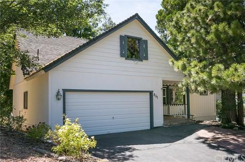 841 Golf Course Rd, Lake Arrowhead, CA 92352