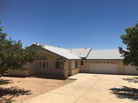 7021 Jargon Rd, Oak Hills, CA 92344